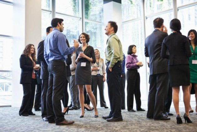 How to Network at a Conference : Get the most of Events