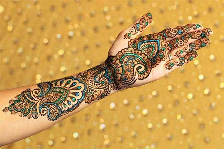 shimmery of mehndi