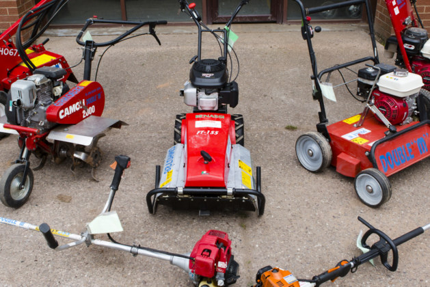 Your Guide to the Tools and Equipment of Professional Landscapers