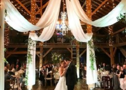 How To Beautify Your Wedding With An Exquisite Bohemian Decor?