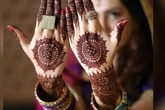 8 Off-beat Mehndi Designs To Give You A Sassy and Classy Bridal Look