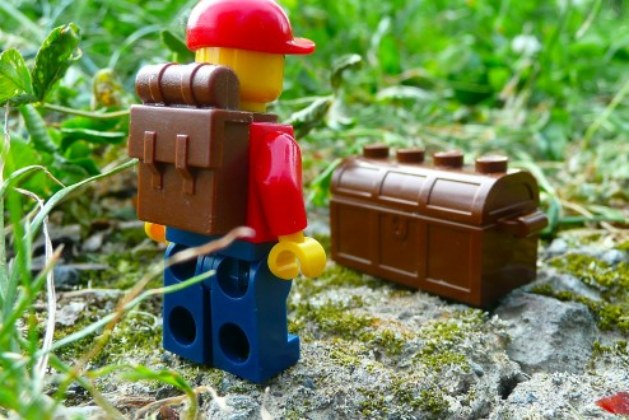 15 Tips for Geocaching With Kids Ultimate Treasure Hunt